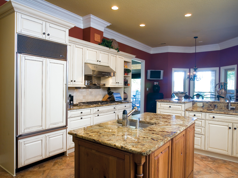 Ranch House Plan Kitchen Photo 02 - 055S-0075 | House Plans and More