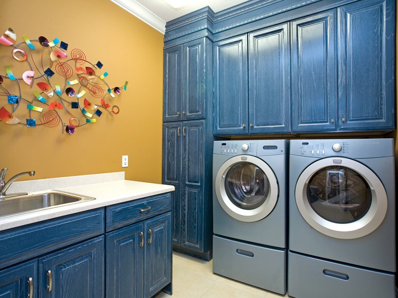 European House Plan Laundry Room Photo 055S-0087