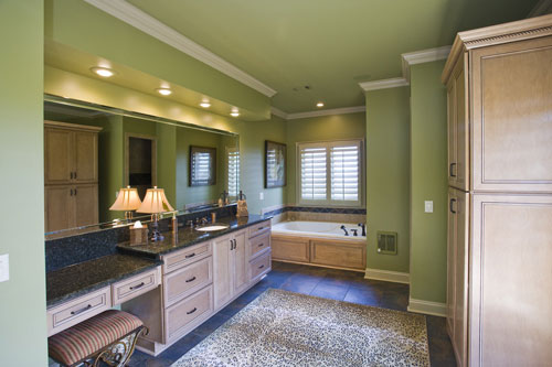 European House Plan Bathroom Photo 01 055S-0103