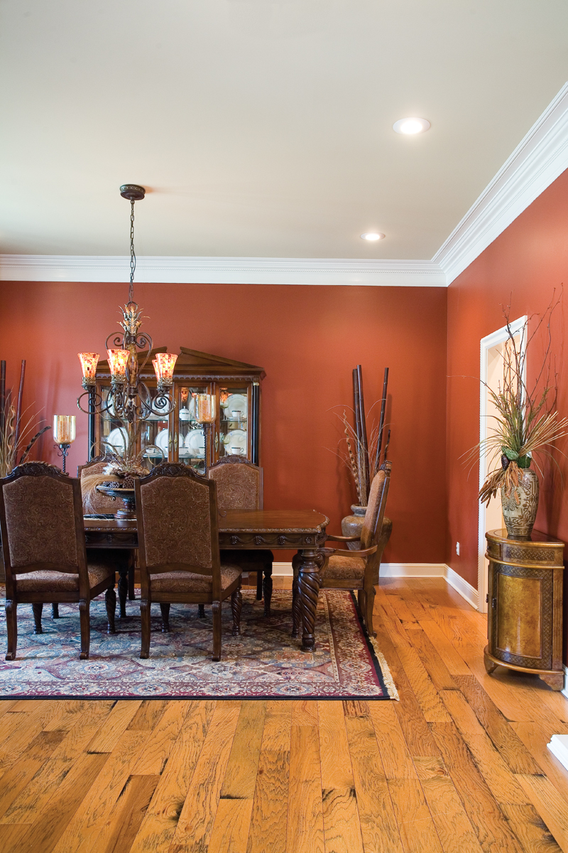 Country House Plan Dining Room Photo 01 055S-0104