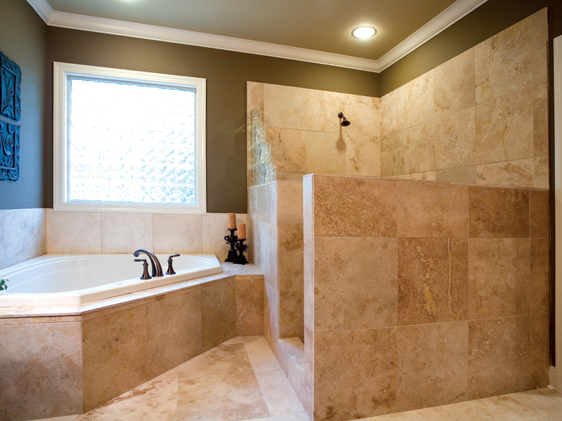 Ranch House Plan Master Bathroom Photo 01 - 055S-0104 | House Plans and More