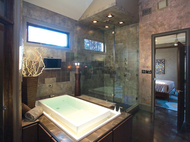 Contemporary House Plan Master Bathroom Photo 01 055S-0105