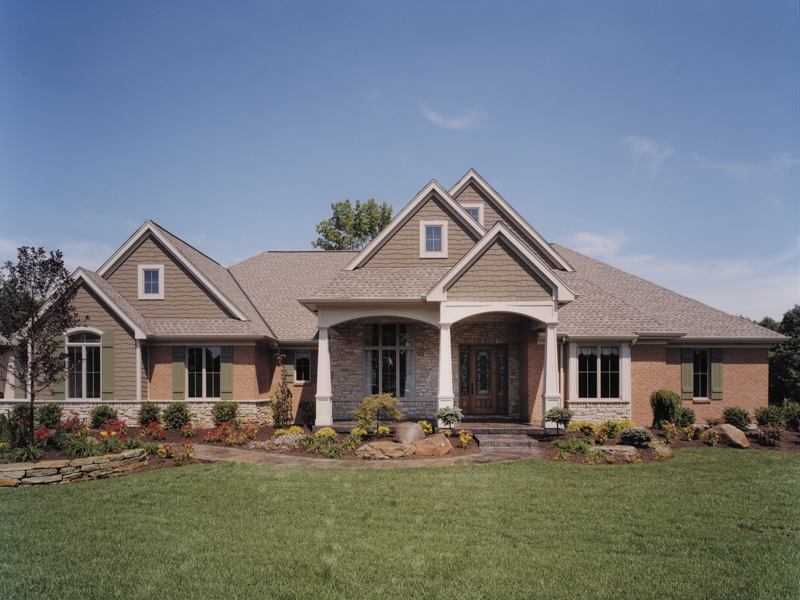 Traditional House Plan Front of Home 065D-0041