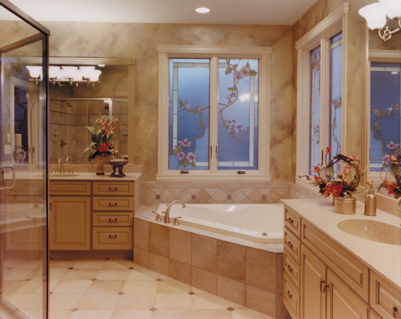 Luxury House Plan Master Bathroom Photo 01 - 065D-0041 | House Plans and More