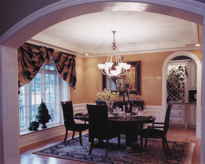 Luxury House Plan Dining Room Photo 01 065D-0043