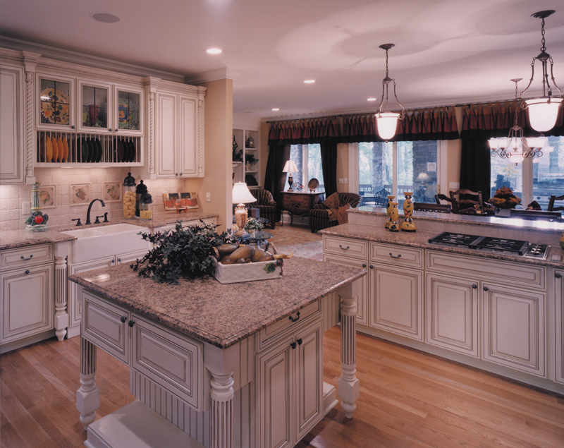 Country French Home Plan Kitchen Photo 01 065D-0043