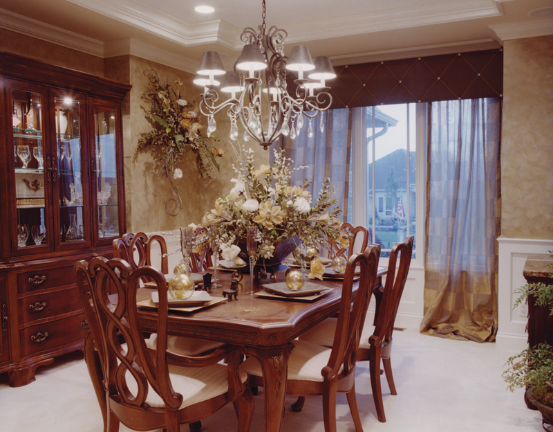 Country French Home Plan Dining Room Photo 01 065D-0087