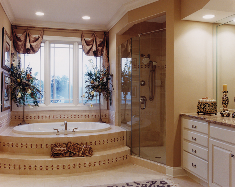 Luxury House Plan Master Bathroom Photo 01 - 065D-0087 | House Plans and More