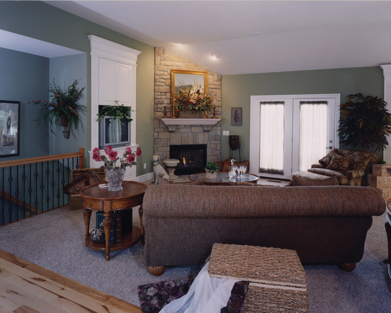 Ranch House Plan Great Room Photo 02 065D-0103