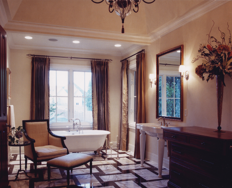 Italian House Plan Master Bathroom Photo 01