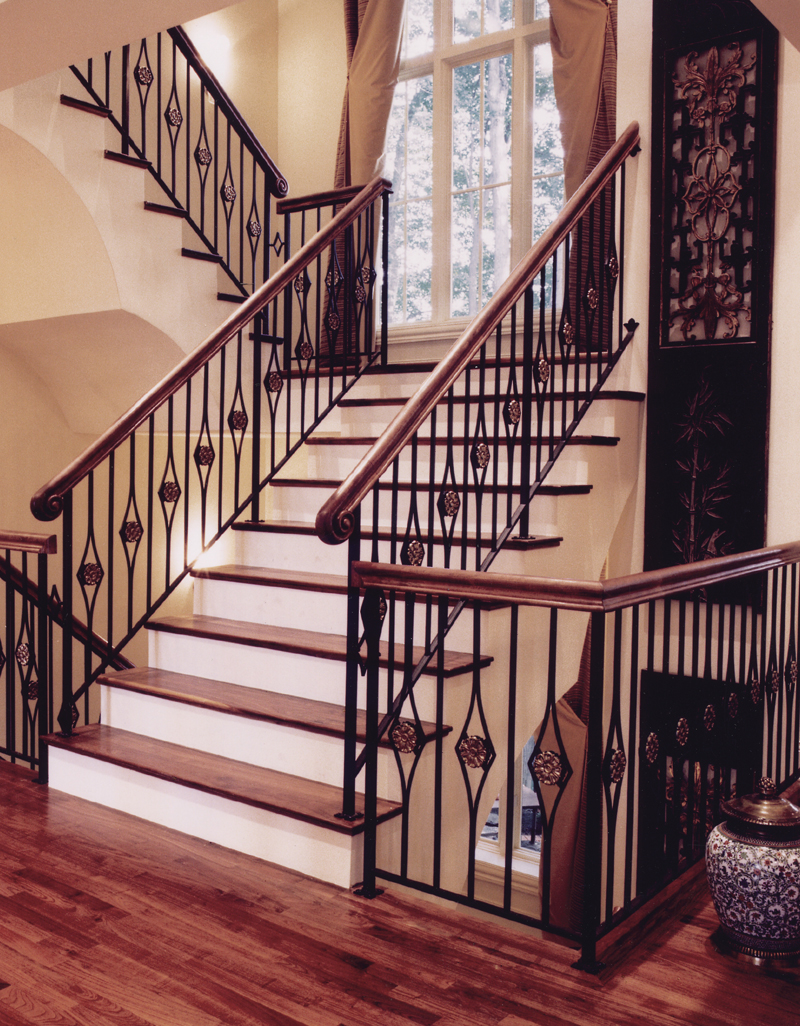 Traditional House Plan Stairs Photo 065D-0120