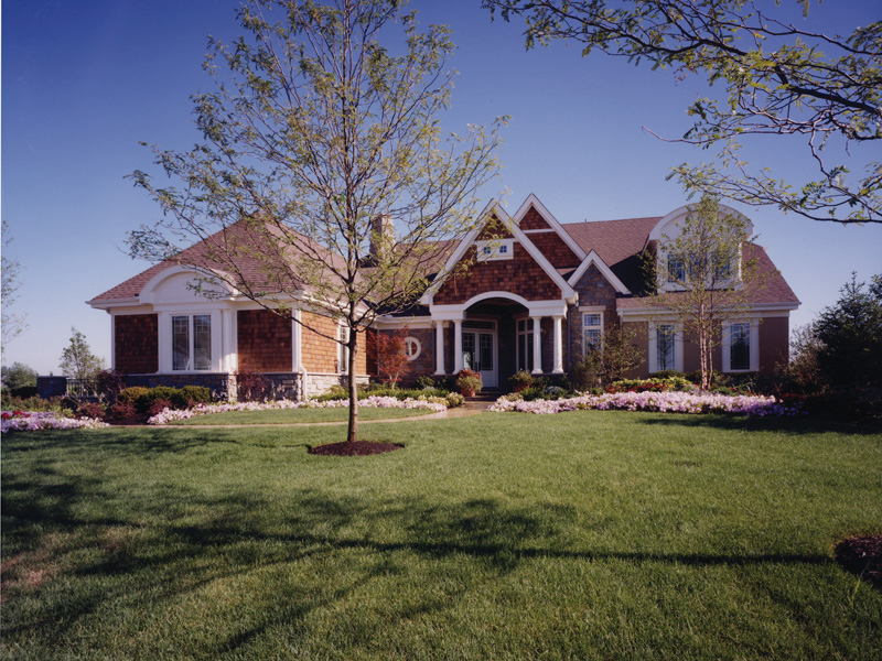 Craftsman Style With Impressive Entry