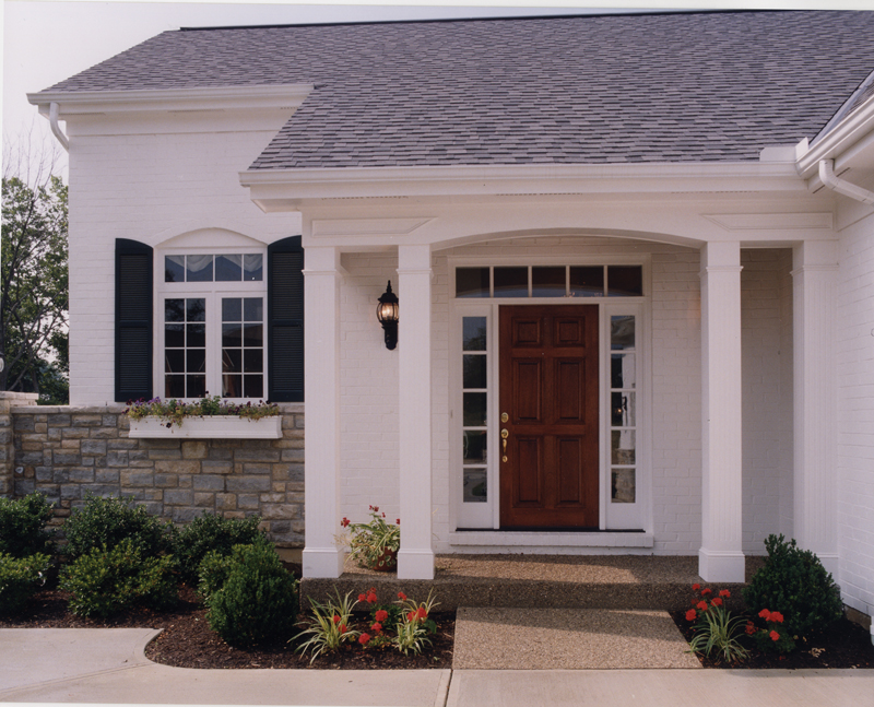 Traditional House Plan Entry Photo 01 065D-0231