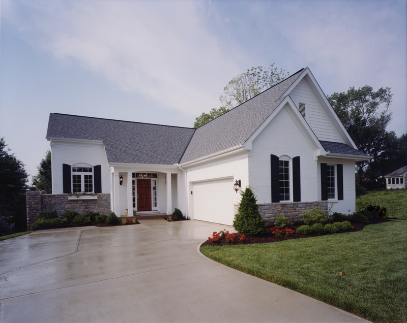 Traditional House Plan Front Photo 01 065D-0231
