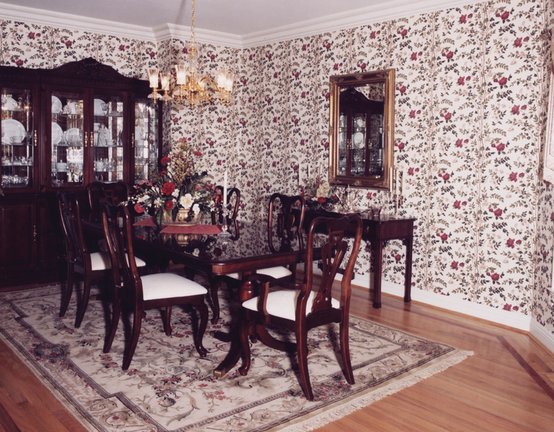 Cape Cod and New England Plan Dining Room Photo 01 065S-0008