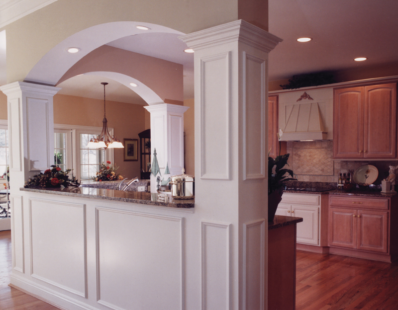 Cape Cod and New England Plan Kitchen Photo 02 065S-0008