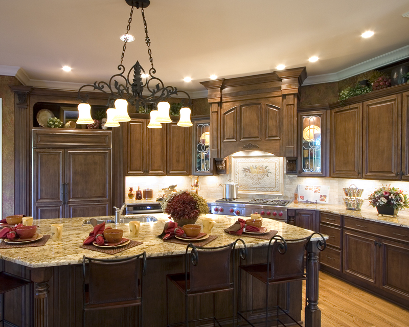Tudor House Plan Kitchen Photo 01 065S-0030