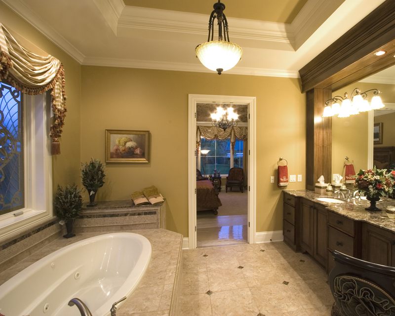 European House Plan Master Bathroom Photo 02 065S-0030