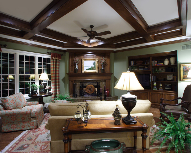 Traditional House Plan Family Room Photo 01 065S-0032