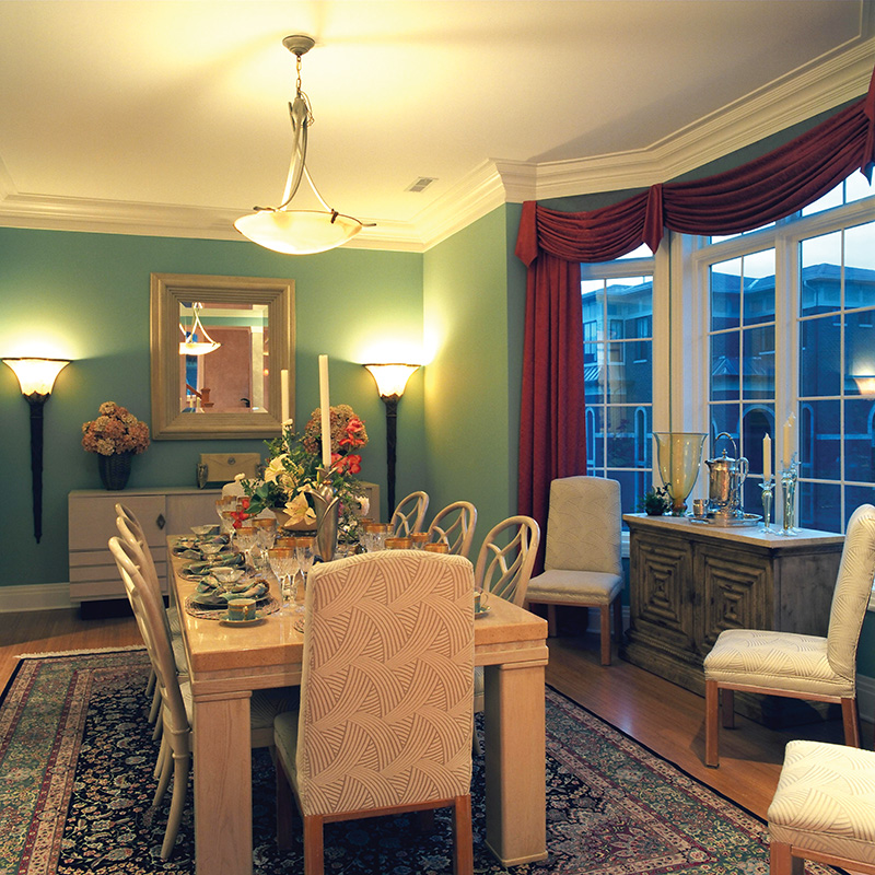 Luxury House Plan Dining Room Photo 01 065S-0037