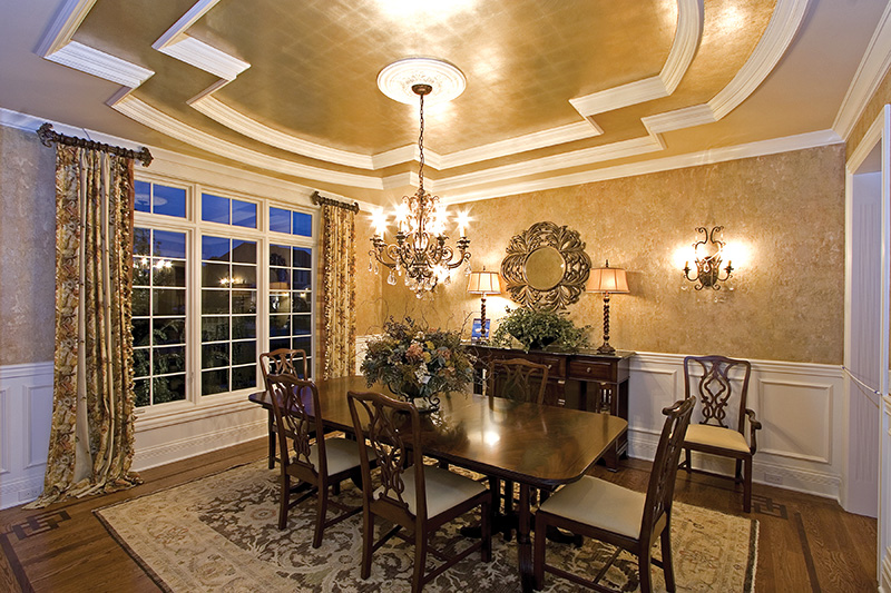 Luxury House Plan Dining Room Photo 01 065S-0038