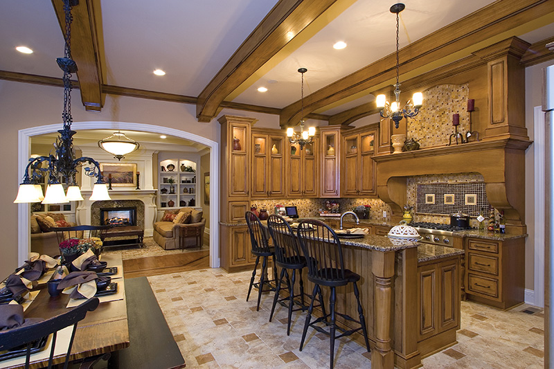 Luxury House Plan Kitchen Photo 01 065S-0038