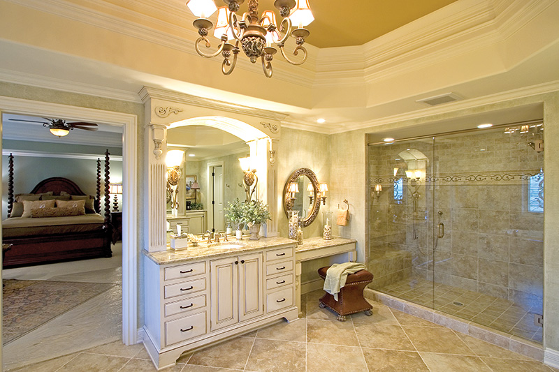 Country French Home Plan Master Bathroom Photo 01 065S-0038