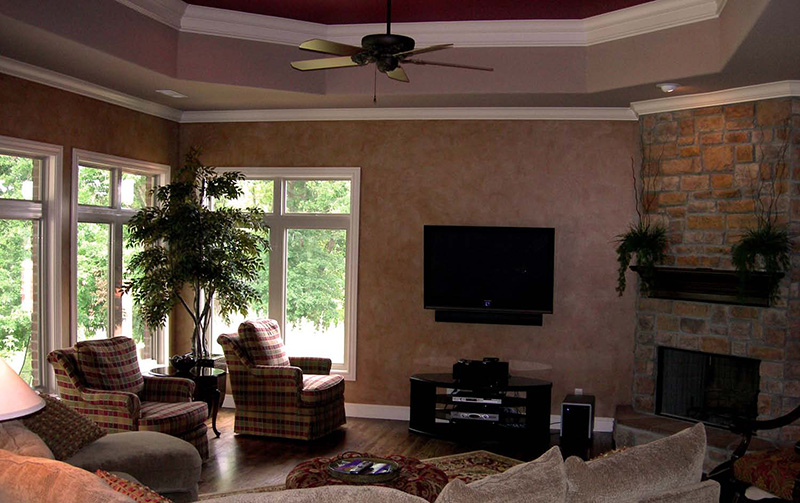 Traditional House Plan Family Room Photo 01 067S-0004