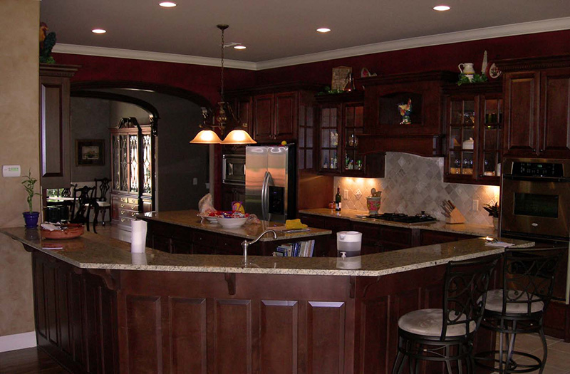European House Plan Kitchen Photo 01 067S-0004