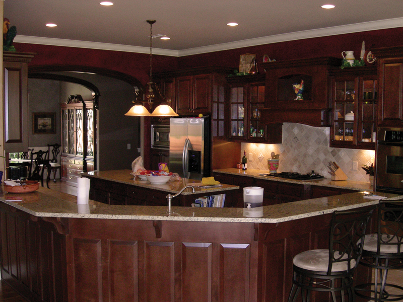 European House Plan Kitchen Photo 01 067S-0005