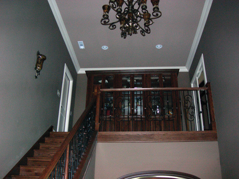 Contemporary House Plan Stairs Photo 067S-0006