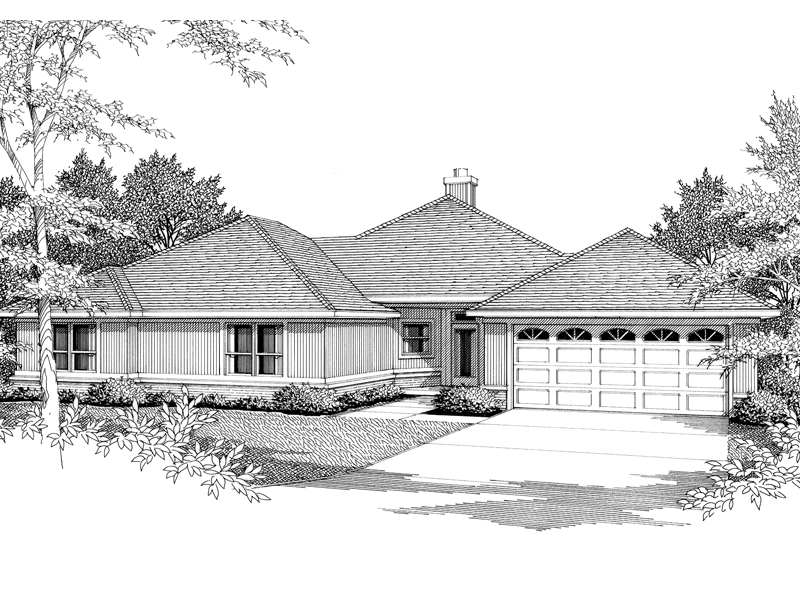Traditional Ranch House With Low-Hipped Roof