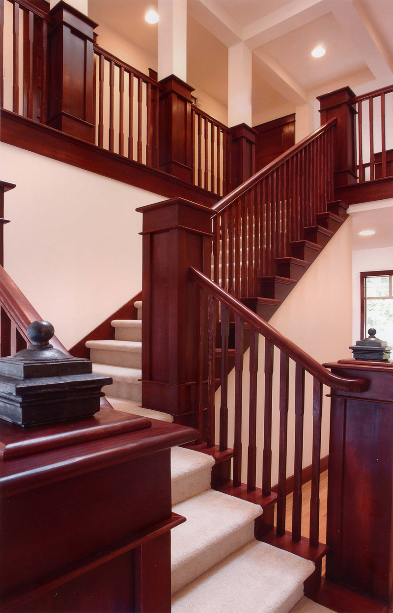 Traditional House Plan Stairs Photo 071D-0003