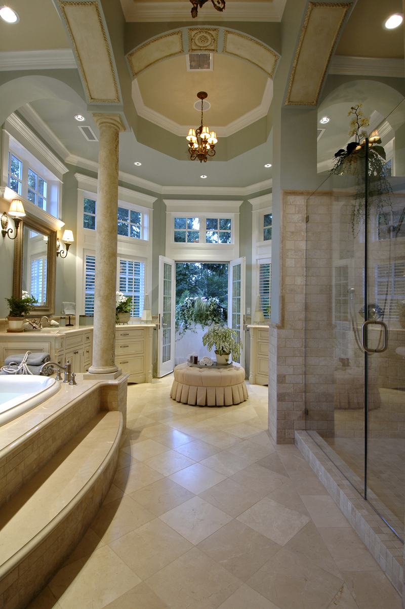 Luxury House Plan Master Bathroom Photo 02 071S-0001