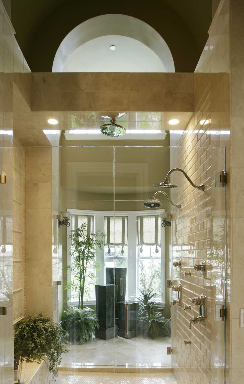 Luxury House Plan Bathroom Photo 01 071S-0002