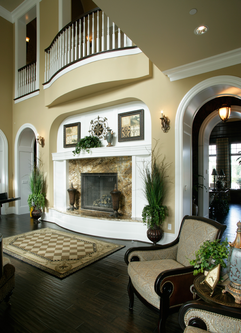 Luxury House Plan Fireplace Photo 01 071S-0002