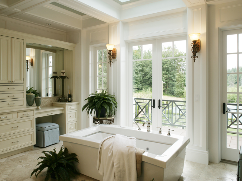 Traditional House Plan Master Bathroom Photo 01 071S-0002