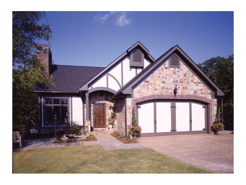 English Tudor House Plan Front of Home 072D-0002