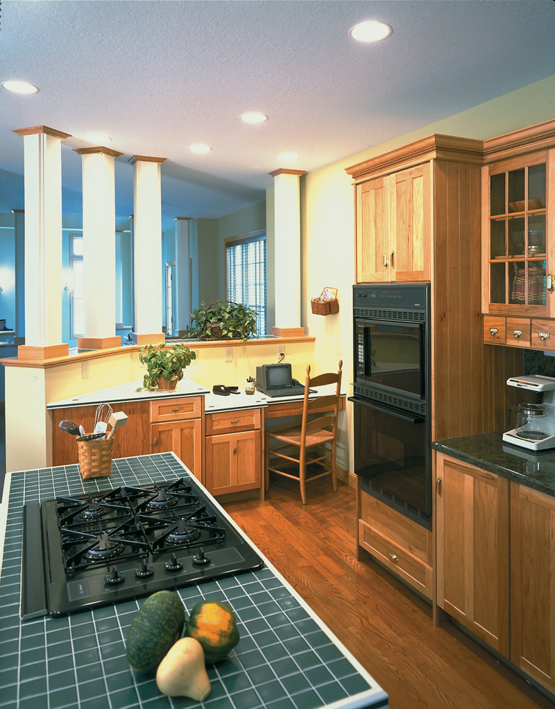 Victorian House Plan Kitchen Photo 01 072D-0030