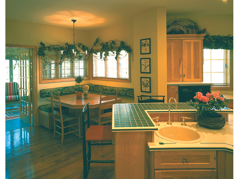 Traditional House Plan Kitchen Photo 02 - 072D-0030 | House Plans and More