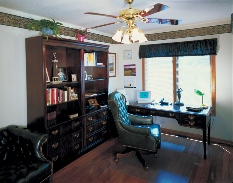 Southern House Plan Office Photo 01 072D-0033