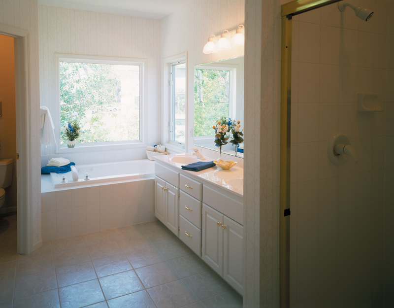 Ranch House Plan Master Bathroom Photo 01 072D-0989
