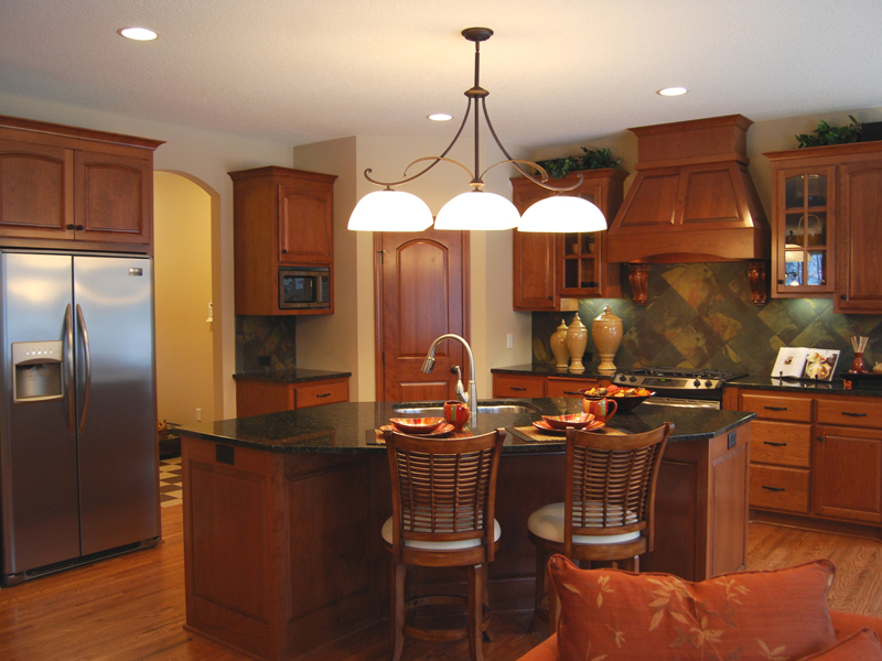 European House Plan Kitchen Photo 02 072D-1109