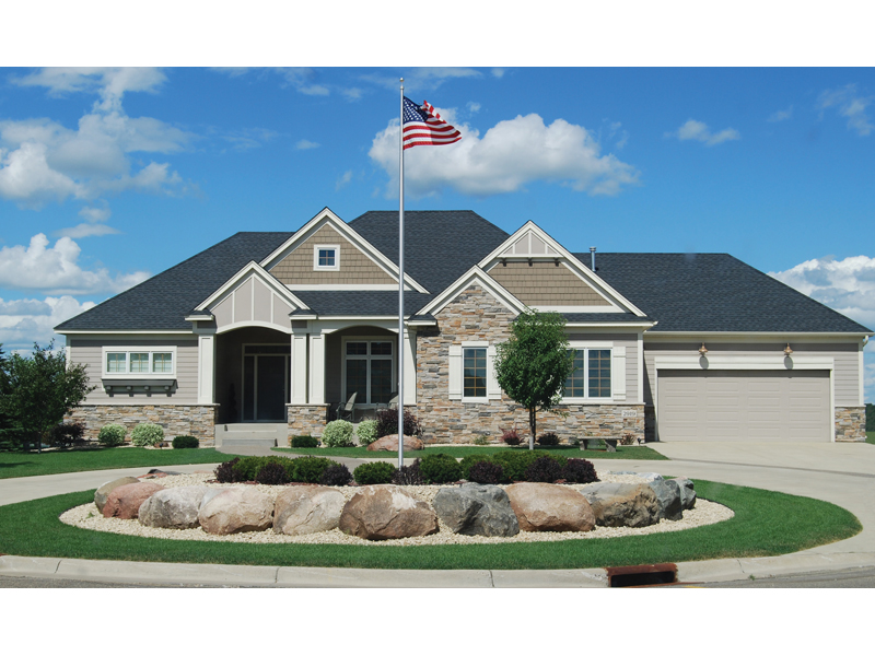 Traditional House Plan Front of Home - 072D-1116 | House Plans and More
