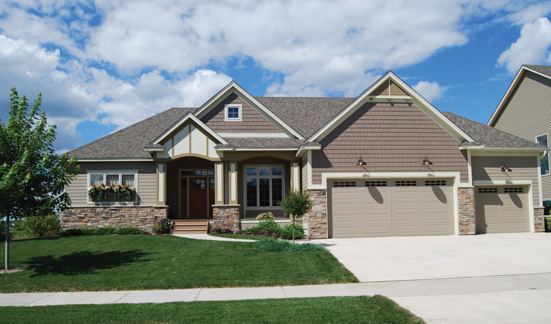 Craftsman House Plan Front of Home 072D-1120