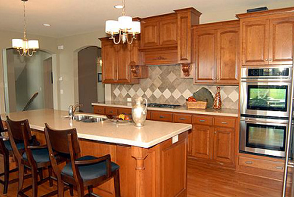 European House Plan Kitchen Photo 03 072S-0002
