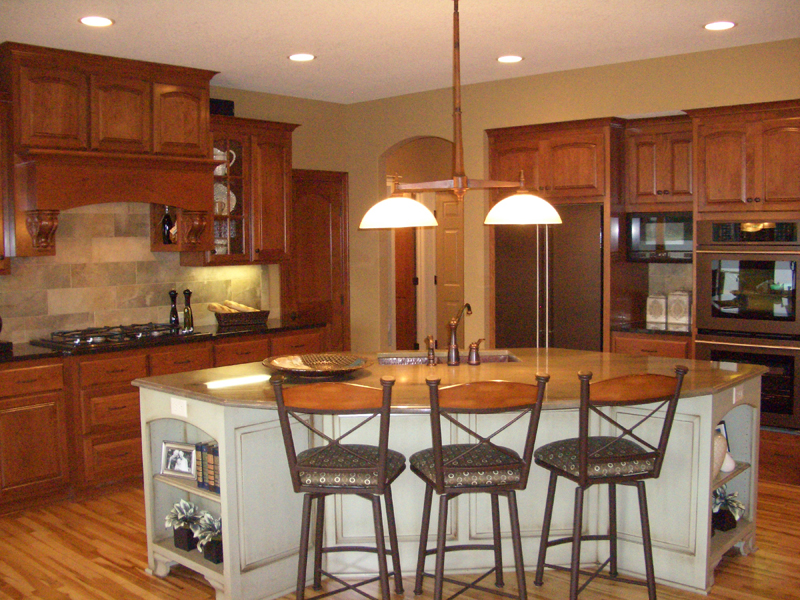 European House Plan Kitchen Photo 02 072S-0003
