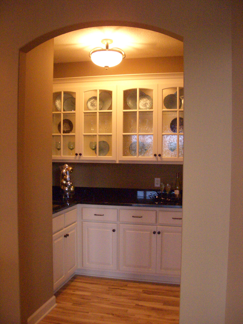 European House Plan Kitchen Photo 04 072S-0003