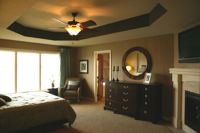 European House Plan Master Bedroom Photo 02 072S-0003