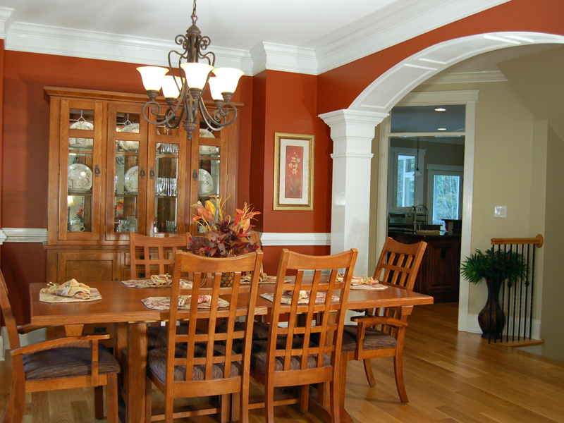 Arts & Crafts House Plan Dining Room Photo 01 076D-0204
